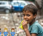 Uczymy dzieci w slumsach w Indiach i na Filipinach!